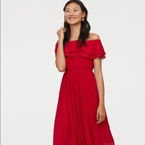H&M Red Pleated Off the Shoulder Dress NWT